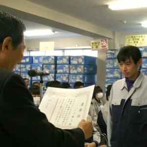 知的障害者の小川さん。今年で勤続20年になりました!