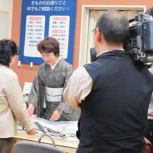 NHK取材十日町店風景